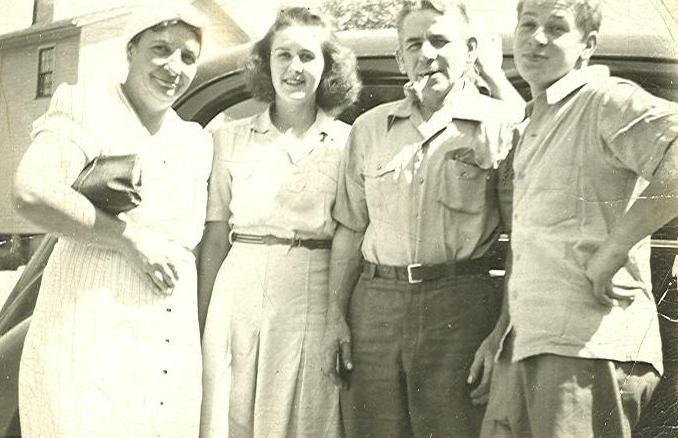 That's Al on the Right with his mom (on the left) and dad and cousin Rose Marie